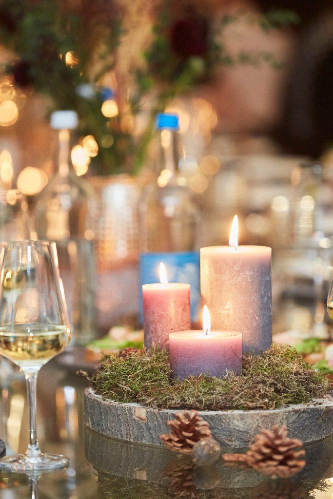 Herbstliche Tische-Deko mit Kerzen