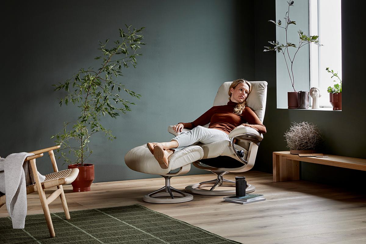 Nichtstun und Entspannung im Stressless Sessel View Signature