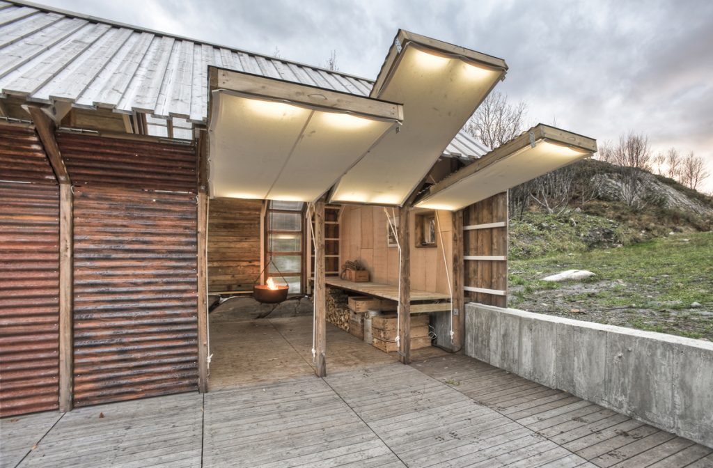 Bootshaus_TYIN_tegnestue_NaustPaaAure_Norwegen_Ferienhaus