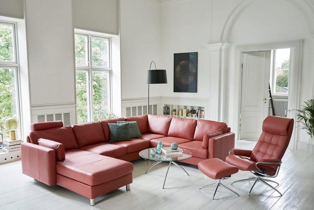 Ein Glücksmoment ist, wenn man zur Entspannung ins Stressless Sofa sinken kann und norwegische Waffeln verschmausen.