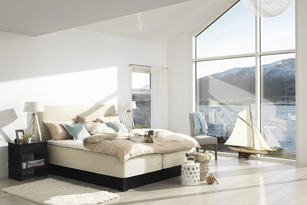 Ein gemütliches Schlafzimmer und eine gute Matratze sind entscheidend für guten Schlaf.