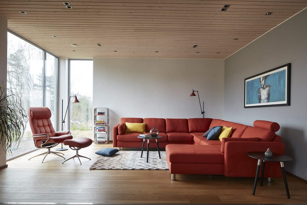 Der Stressless London Sessel und das Stressless E600 Sofa schaffen beim Einrichten eine Oase der Entspannung.