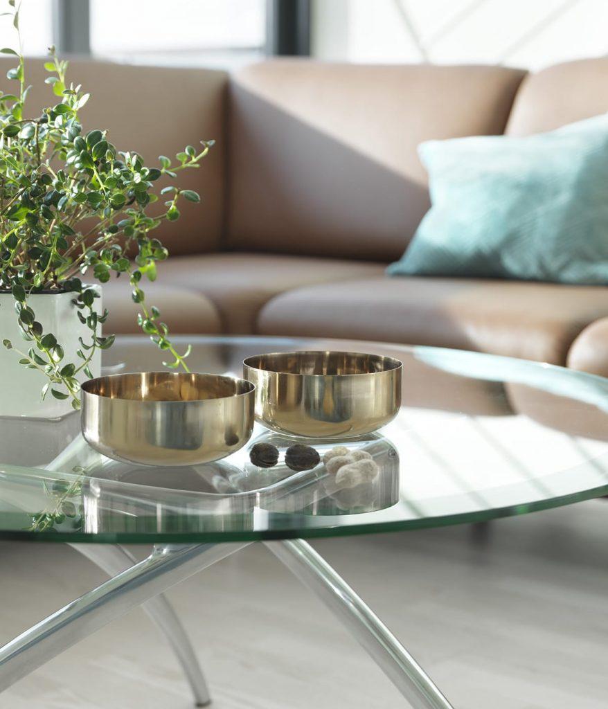 Dem dem Stressless Sofa Eve wird euer Wohnzimmer zu einer einladenden Ruheoase.