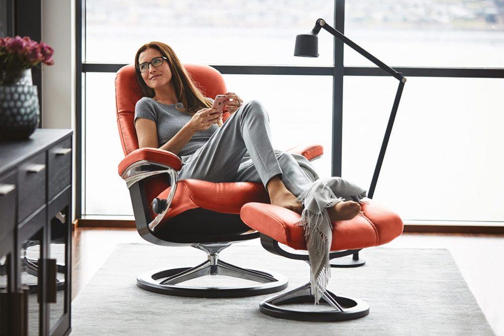 Sich gut zu organisieren führt zu mehr Zeit für Entspannung, zum Beispiel auf einem Stressless Sessel Consul