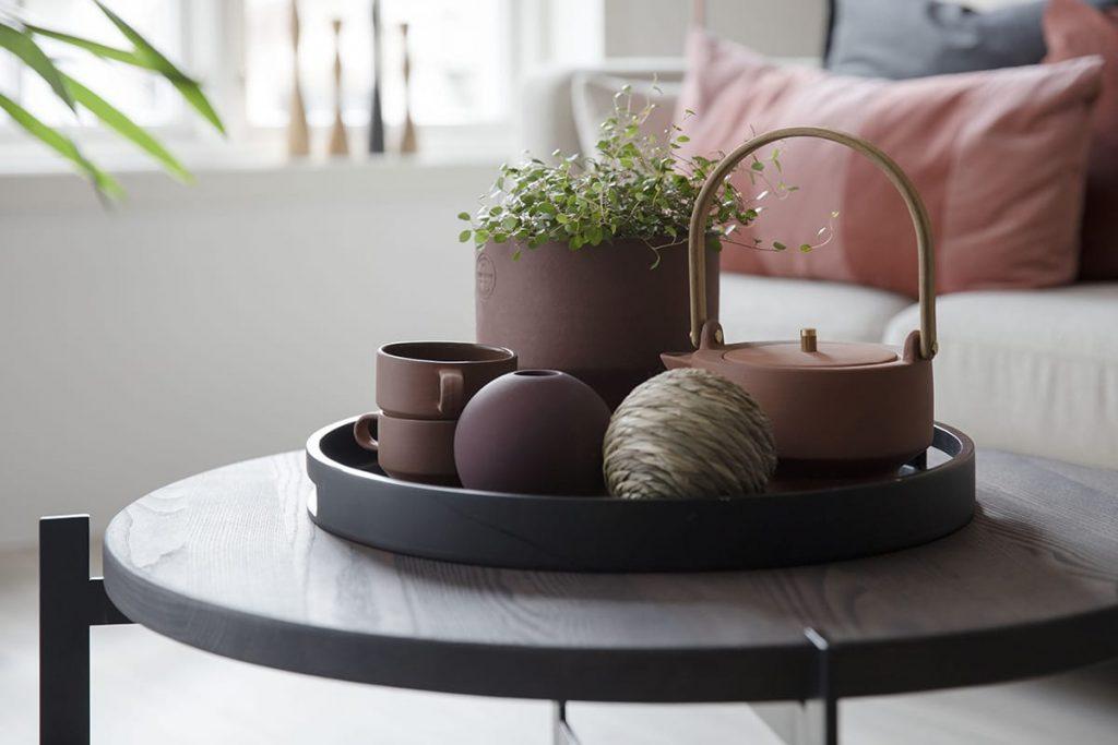Skandinavisches Design bietet eine gute Ausgangsbasis, wenn ihr euer Wohnzimmer modern einrichten wollt.
