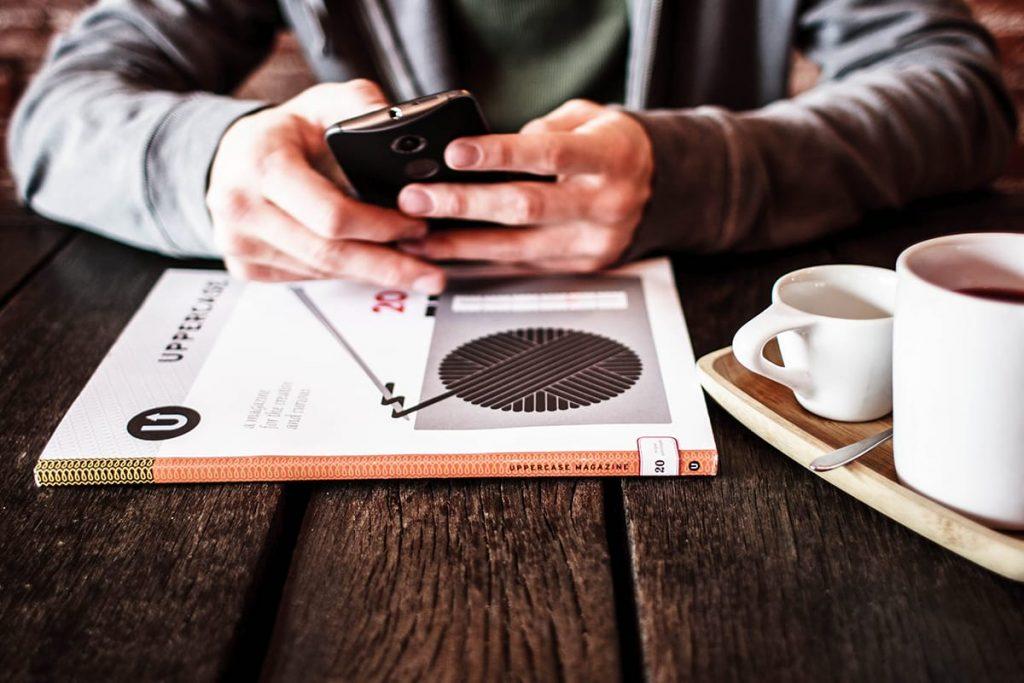 Digital Detox ist die wohltuende Antwort auf den unwiderstehlichen Sog des Internets.