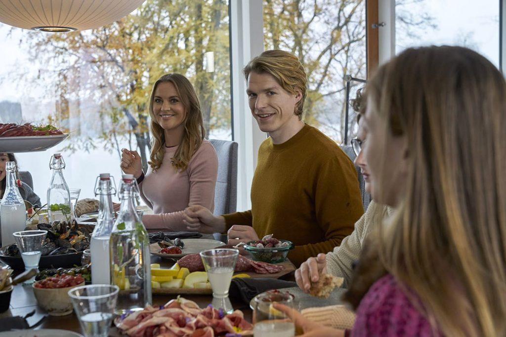 Familienessen können entspannend sein und euch neue Sichtweisen eröffnen.