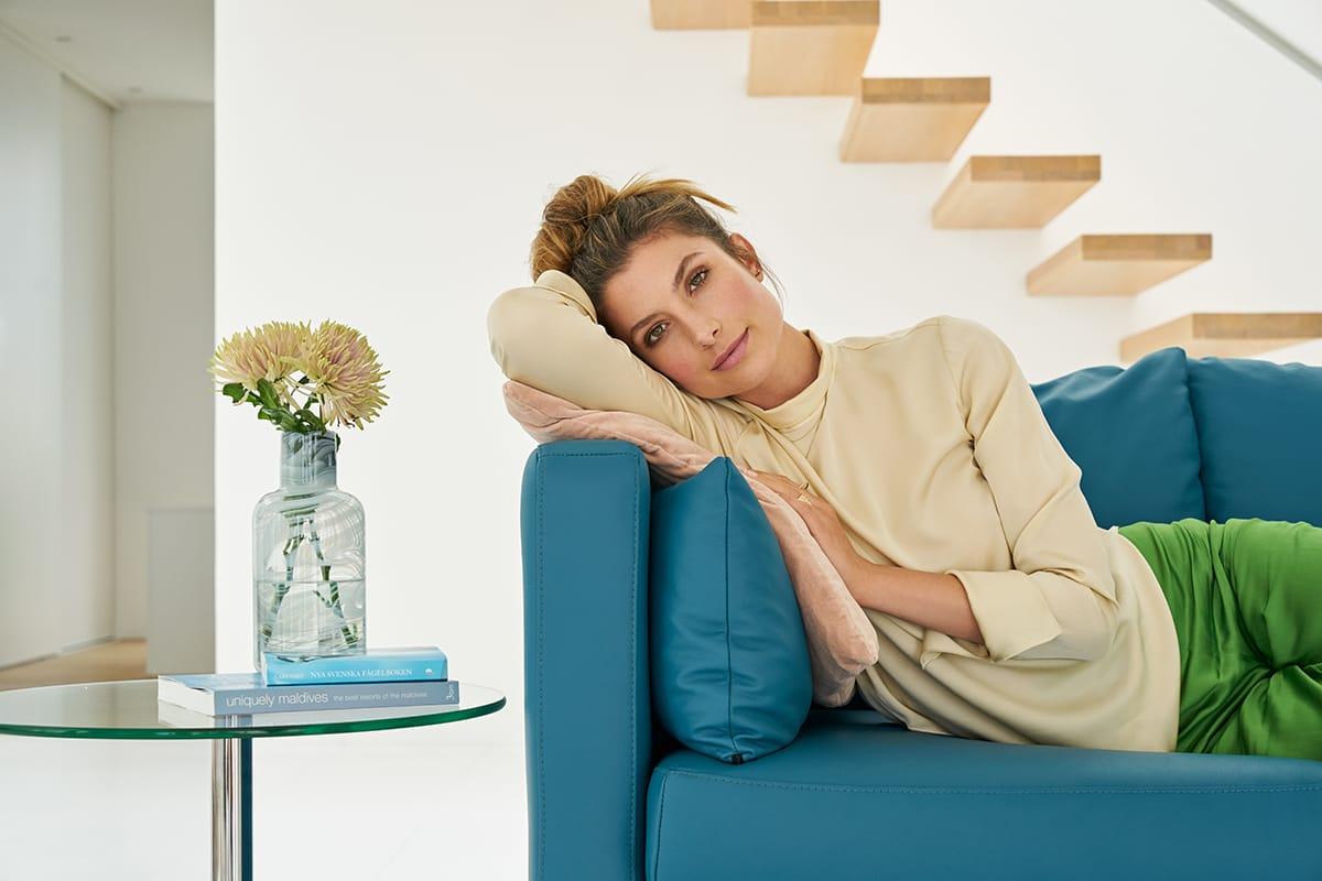 Auch Zuhause lässt sich im Urlaub prima entspannen - zum Beispiel auf dem Stressless Sofa E400.