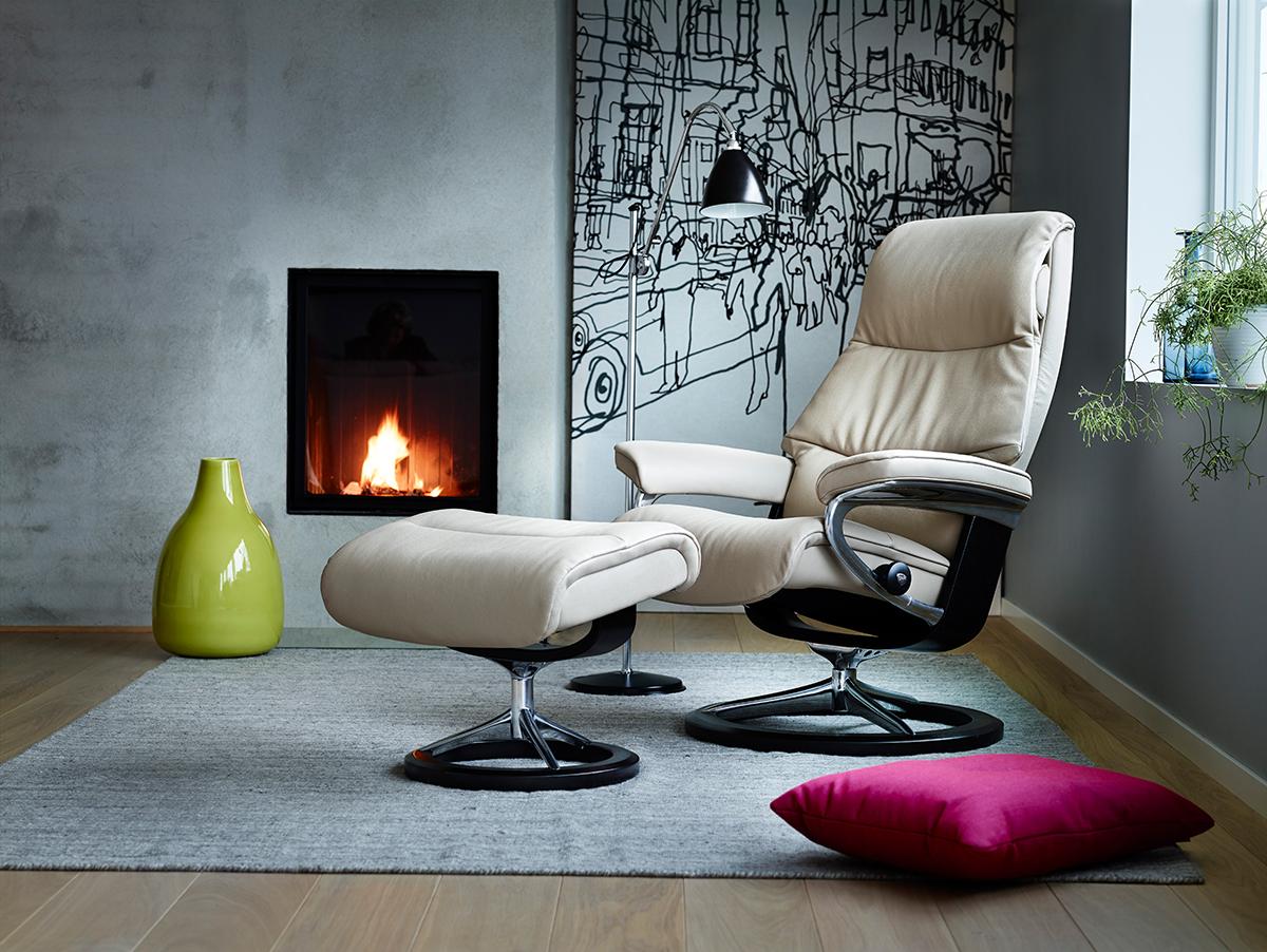 Ledermöbel wie dieser Stressless View Sessel lassen sich am besten mit einer speziellen Lederpflege reinigen.