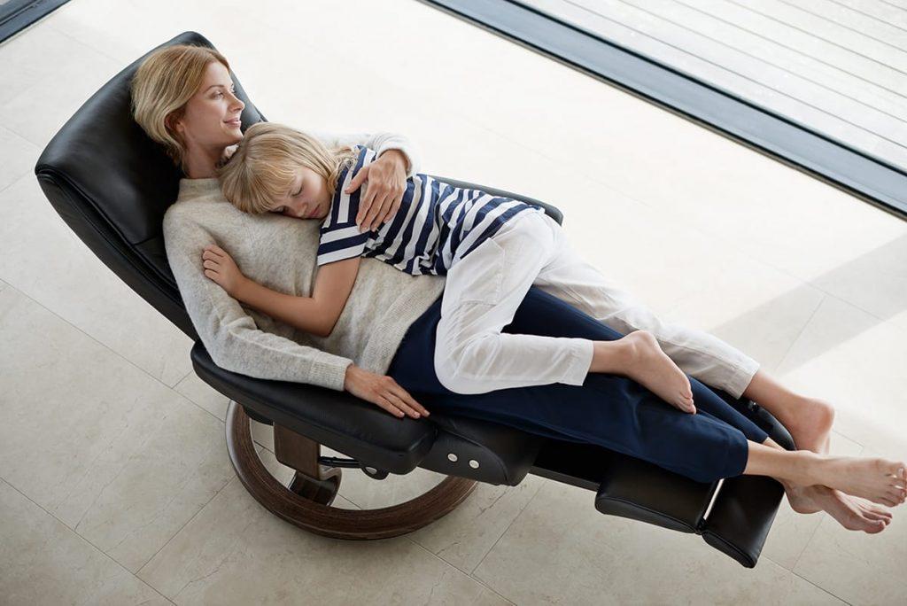Meine Mutter zog sich zum Entspannen am liebsten in unseren Stressless Relaxsessel mit LegComfort System zurück.