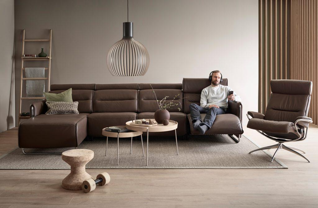 Ein passendes Sofa finden ist nicht einfach, doch Stressless Emily bietet euch Komfort und Gemütlichkeit in einem.