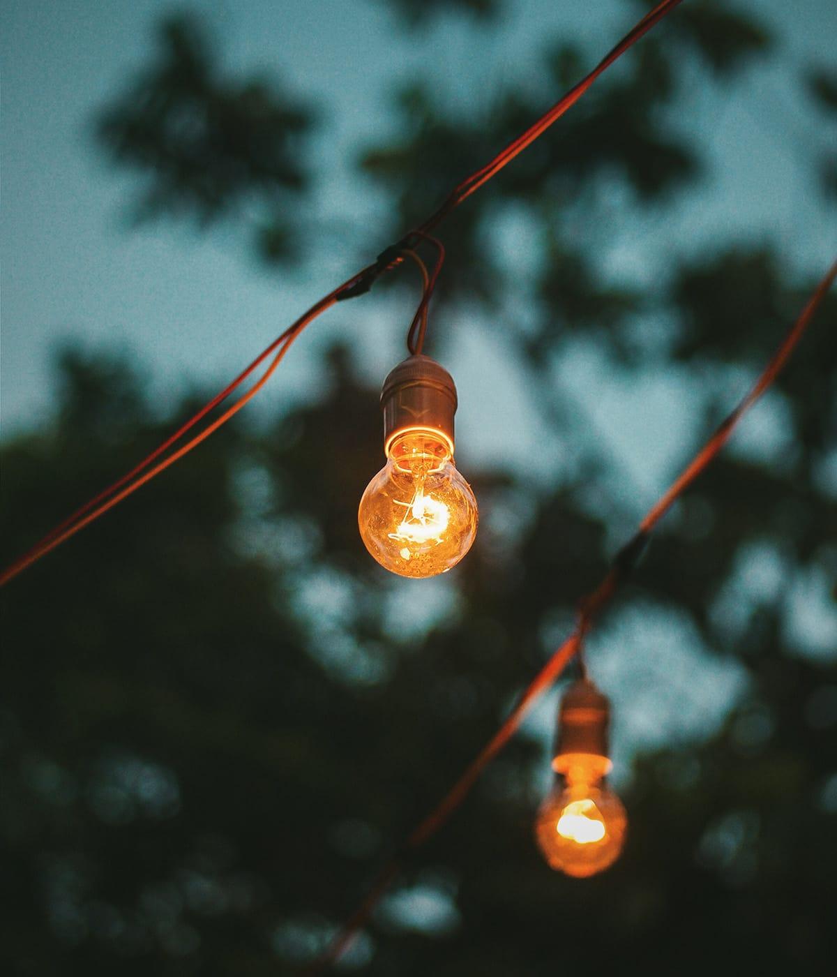 Keine Gartenparty ohne stimmungsvolle Lichterketten.