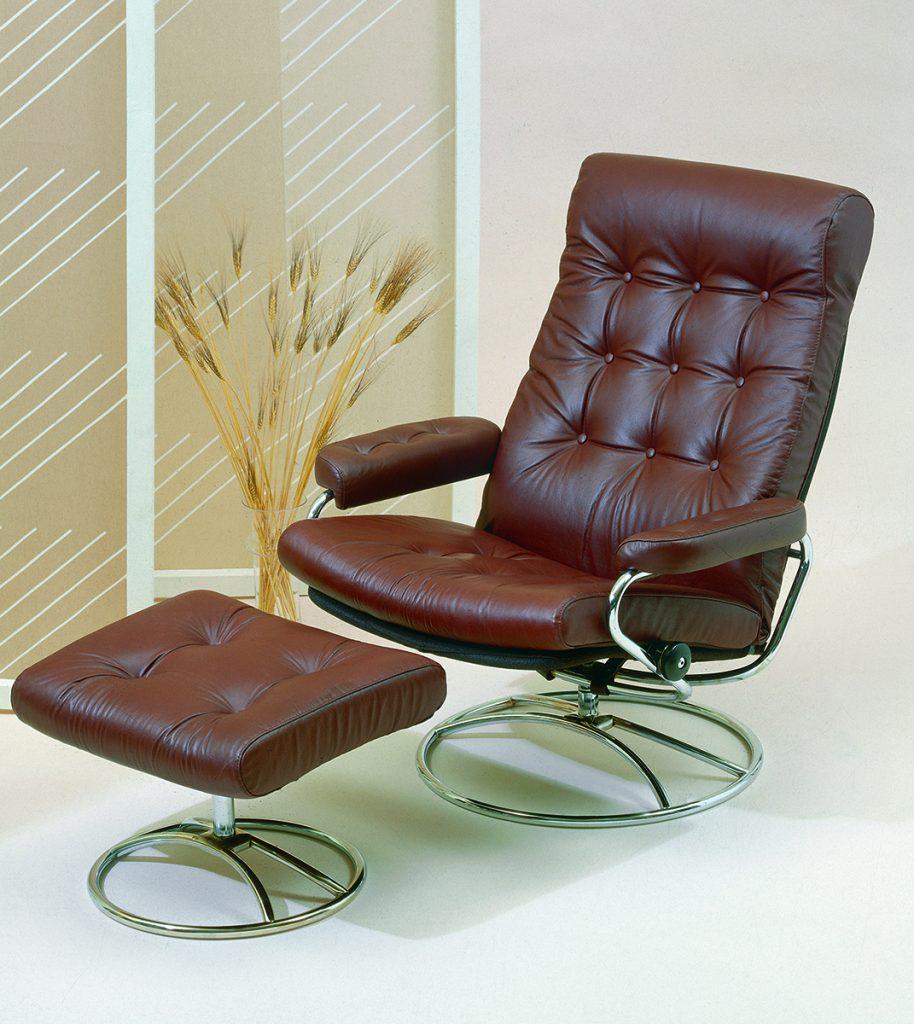 Der erste Stressless Relaxsessel kam im Jahr 1971 auf den Markt und war bald weltweit bekannt für seinen perfekten Komfort.